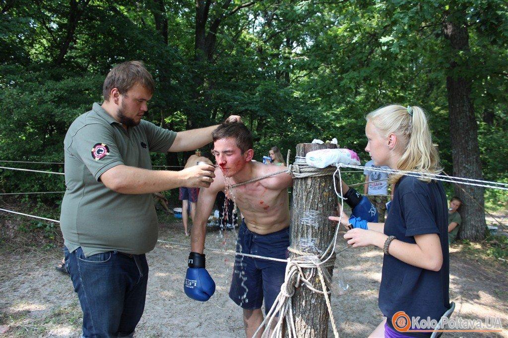 Під Полтавою у таборі в молоді кували волю та характер (ФОТО)
