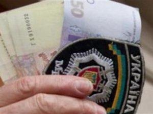 Фото: На Полтавщині водій пропонував хабаря працівникам ДАІ