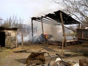 Фото: У Зіньківському районі через необережне спалювання сміття згоріли два центнери сіна