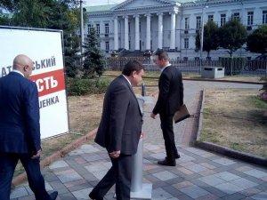 «В колонну по четыре», или Как Андрей Матковский на выборы шел.